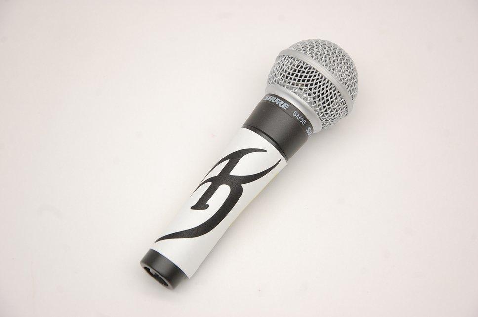mic105