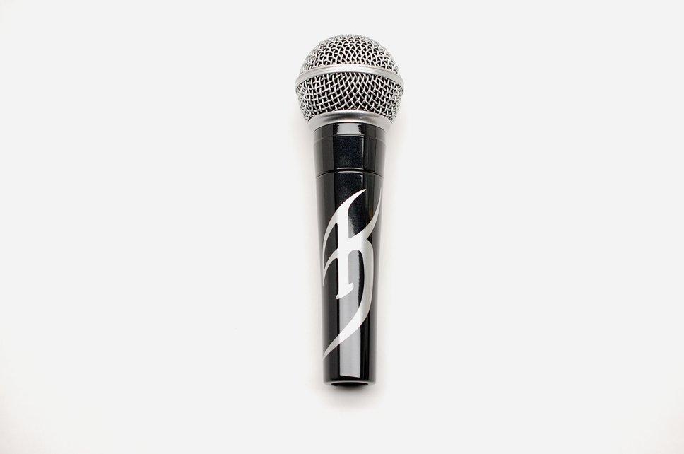 mic135